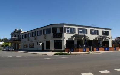 wharfhotel01x600